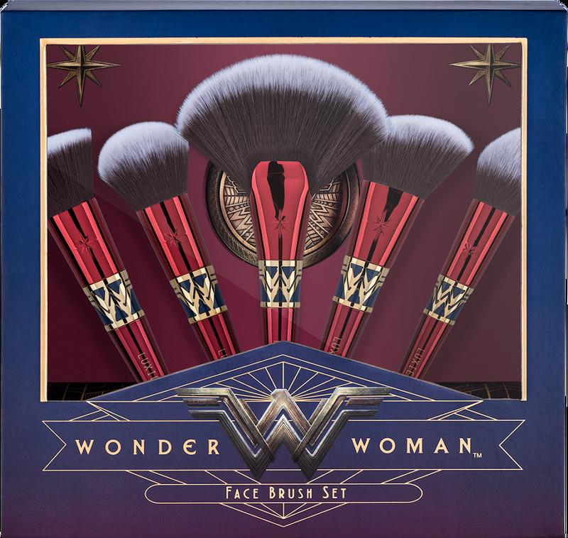 Wonder woman face brush set make up dc universe comics girl gamer galaxy nerd geek musthaves