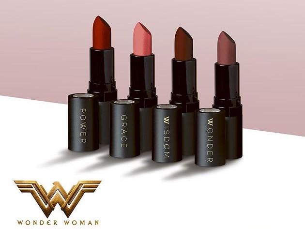 Wilkinson Wonder Woman lipstick geek girl gamer galaxy nerd blog beauty makeup musthaves blog dc comics universe